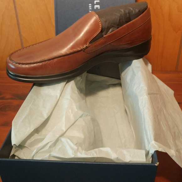 b55db8cc336 Men s Santa Barbara Twin Gore Loafer